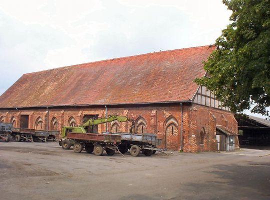 Kołbacz - stodoła gotycka