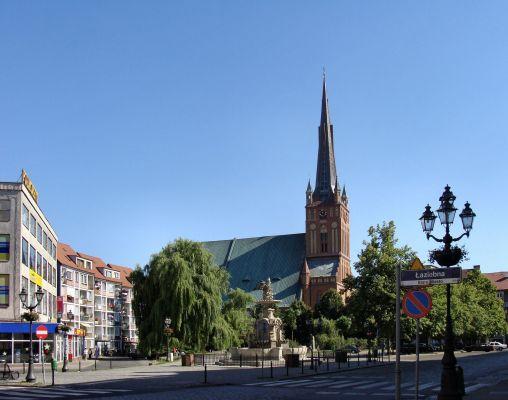 Plac Orła Białego i Bazylika św. Jakuba w Szczecinie