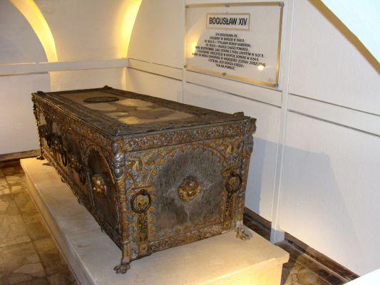 Sarkofag Bogusława XIV na Zamku Książąt Pomorskich w Szczecinie