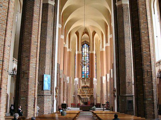 Szczecin Katedra św. Jakuba - nawa główna
