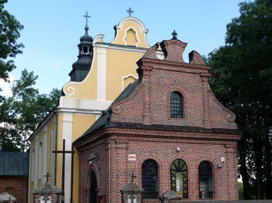 Kościół Świętej Trójcy w Dobrowie
