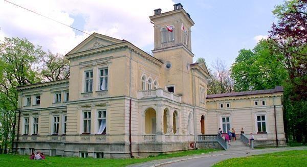 Pałac Moszyńskich w Łoniowie
