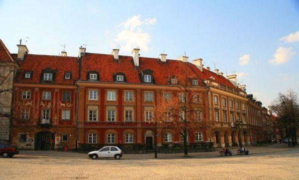 Rynek Nowego Miasta w Warszawie - północna strona