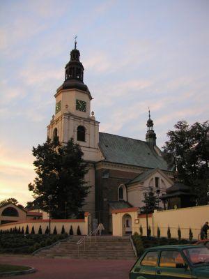 Kościół pw. św. Jakuba w Krzepicach - wieczorem