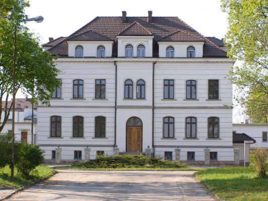 Budynek administracji Zakładu Poprawczego w Szubinie