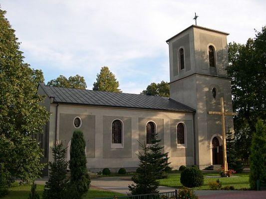 Kościół p.w. św. Piotra i Pawła w Serbach