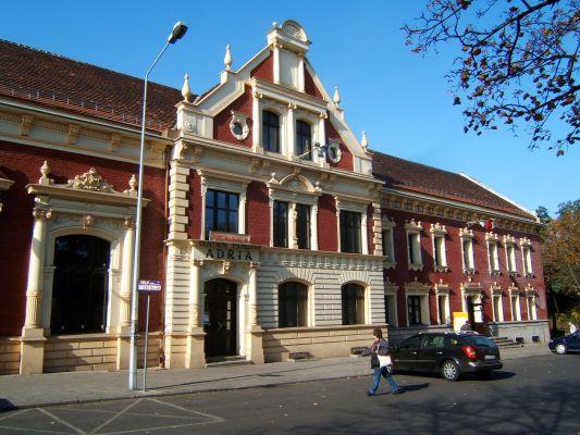 Były Dom Kultury KWK Wawel w Rudzie Śląskiej