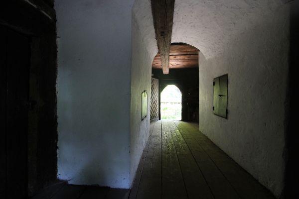 Chałupa z Grzawy - korytarz