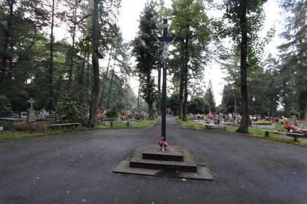 Cmentarz ewangelicki - krzyż