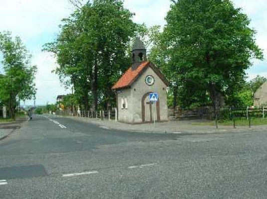 Czechowice – Kaplica św. Jana Nepomucena z około 1900 roku.