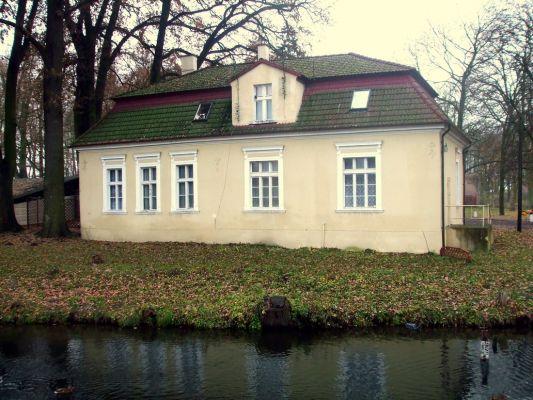 Dwór z XIX wieku w Łabiszynie