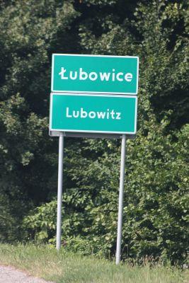 Dwujęzyczna tablica: Łubowice / Lubowitz