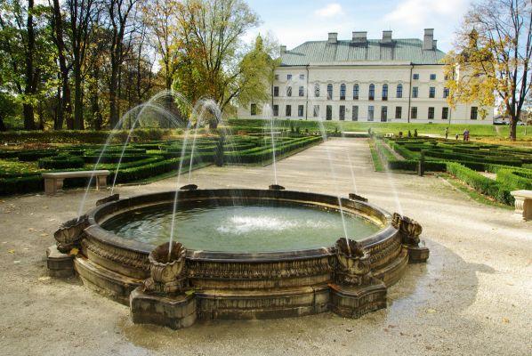 Fontanna w lubartowskim parku