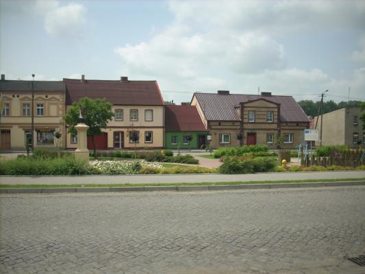 idok na zachodnią część rogowskiego rynku