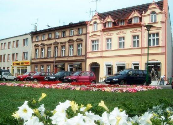 Kamienice na rynku w Kruszwicy