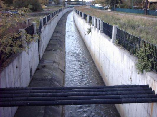 Katowice Zawodzie - rzeka Rawa i jej bulwary
