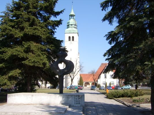 Kościół św. Barbary (poewangelicki) w Luboniu