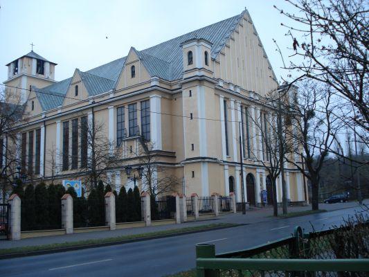 Kościół św. Józefa w Toruniu, widok od strony płd.-wsch