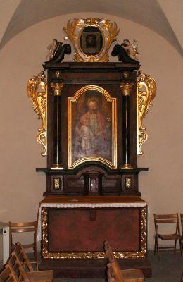 Kościół Świętego Ducha w Bytomiu - ołtarz boczny po stronie Ewangelii