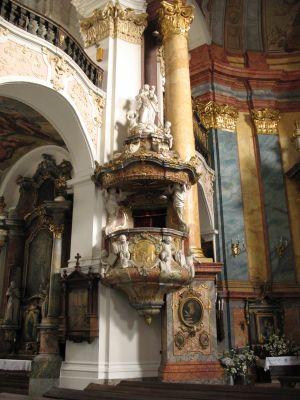 Kościół Świętych Apostołów Piotra i Pawła w Nysie - ambona