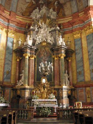Kościół Świętych Apostołów Piotra i Pawła w Nysie - ołtarz główny