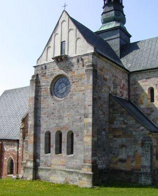 Kościół w Sulejowie od strony prezbiterium