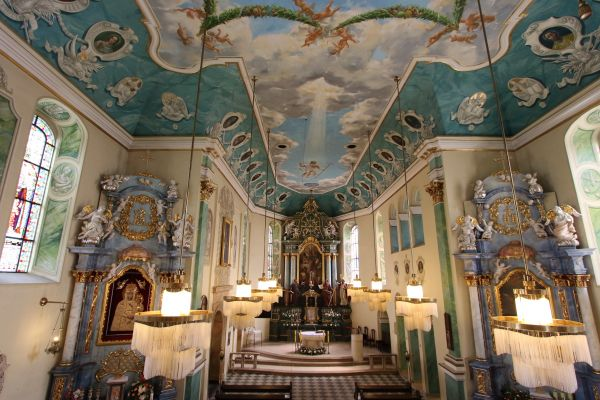 Pszczyna, kościół Wszystkich Świętych, widok z chóru