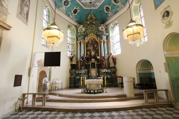 Pszczyna, kościół Wszystkich Świętych, ołtarz główny