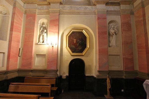 Pszczyna, kościół Wszystkich Świętych, tył kaplicy