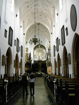 Nawa główna w archikatedrze oliwskiej