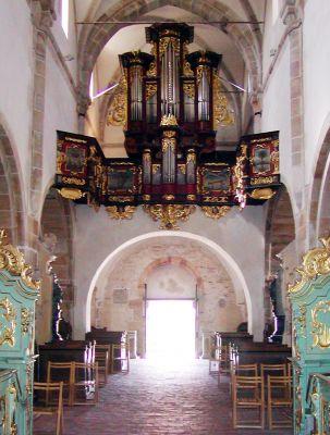 Organy w kościele w Sulejowie