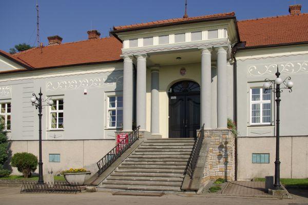 Pałac w Bestwinie, obecnie Urząd Gminy