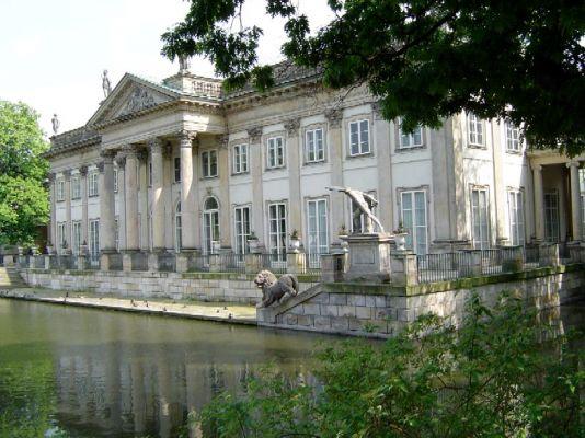 Pałac na Wodzie w Warszawie