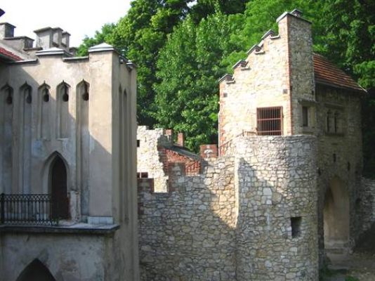 Pałac w Młoszowej