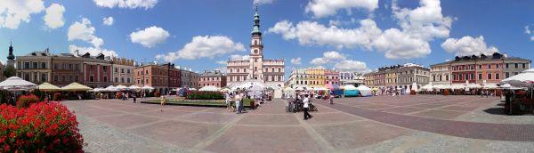 Panorama rynku w Zamościu - widok od południa