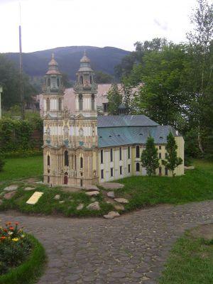 Park Miniatur Zabytków Dolnego Śląska w Kowarach - Bazylika w Krzeszowie