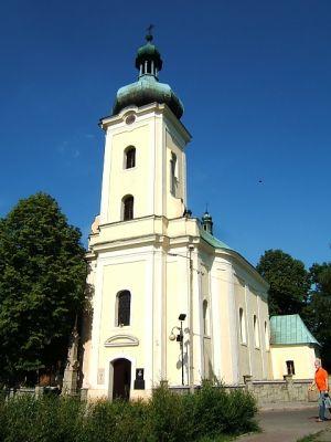 Późnobarokowy kościół z 1806 roku w Kochłowicach