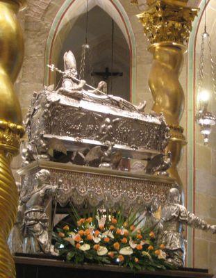 Relikwiarz św. Wojciecha w katedrze w Gnieźnie