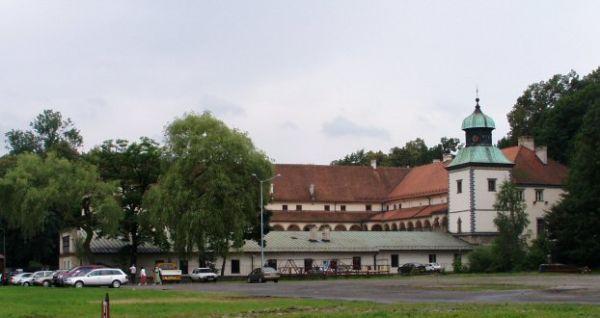 Renesansowy zamek w Suchej Beskidzkiej