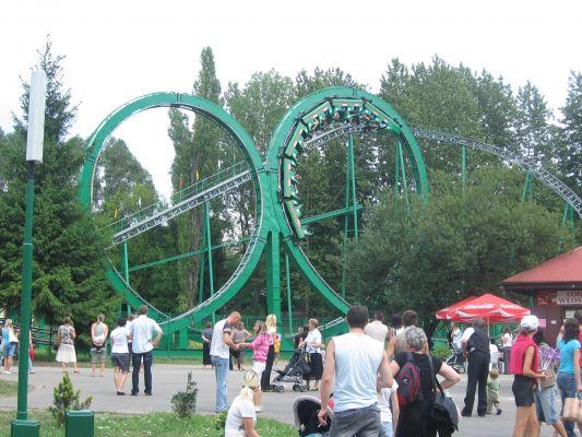 Rollercoaster Tic Tac Tornado w Śląskim Wesołym Miasteczk
