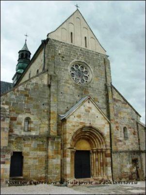 Romański kościół w Sulejowie