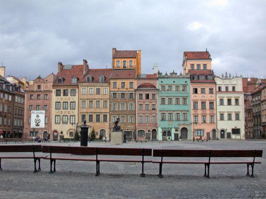 Rynek Starego Miasta w Warszawie, Strona Dekerta