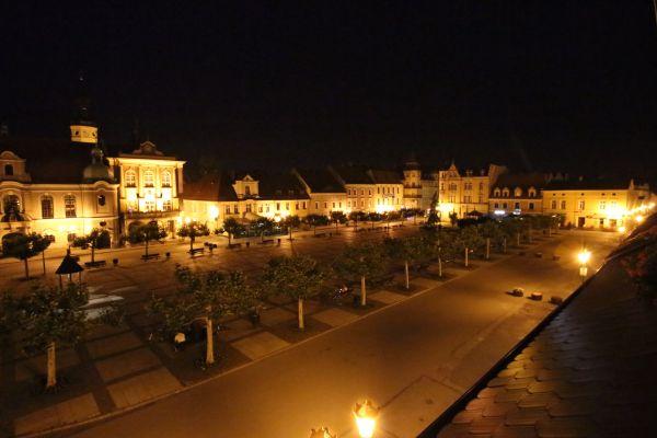 Rynek w Pszczynie w nocy
