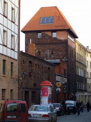 Staromiejska baszta w Toruniu, przy ulicy Podmurnej 26