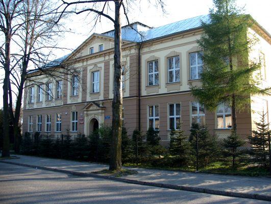 Szkoła podstawowa nr 4 w Czechowicach-Dziedzicach
