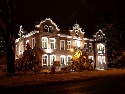 Urząd Miejski w Lublińcu w nocy