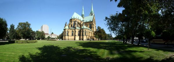 Widok na Archikatedrę Łódzką