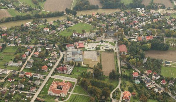 Widok z lotu ptaka na Hałcnów - dzielnicę Bielska-Białej
