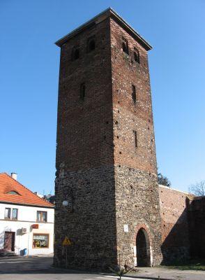 Wieża Bramna Zachodnia tzw. Niemiecka w Bycinie