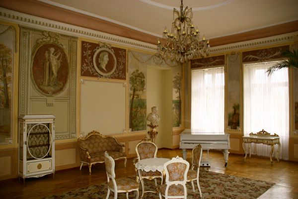 Salon muzyczny pałacu w Czerniejewie